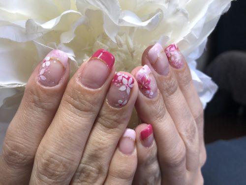 小花で春ネイル
